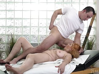 Mature BBW granny Marianne pussy licked and gets a facial
