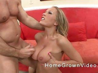 Cumshot on huge tits of a blonde pornstar after a hardcore fuck