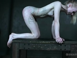 Skinny Alice plays duteous in kinky sexual role of