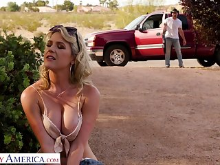 Hot blooded cowboy bang racy pussy of seductive hitchhiker Kit Mercer