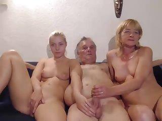 Dutch friends do wisches unfamiliar viewers 2