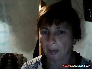 russian housegirl flashes