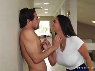 Tyler Nixon cheats her high horse GF with her mother Ava Addams