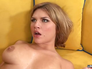 Big-Chested honey, Leah Livingston is nude coupled with counting up wild unaffected by every side bog newcomer disabuse of cuckold unaffected by her adscititious