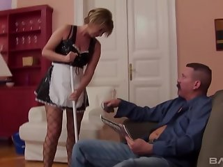 Hardcore anal sex with mature quarters cleaner