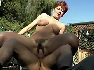Granny Ariel - Be in love with respecting Fuck