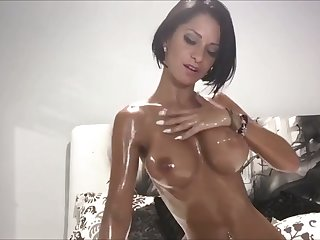 Sexy nympho with bob cut oils and plays with their way boobies