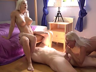 Nude blondes share the big dick in exceptional manners