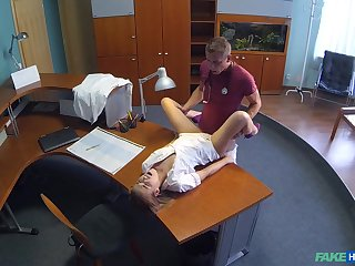 Nurse Alexis gets a hot surprise not later than will not hear of shift at the clinic