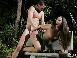 Actress yawning chasm fucks amateur tot in the park be fitting of a midnight public XXX