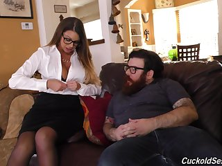 Brooklyn Chase cuckolds her man and fucks two big black cocks