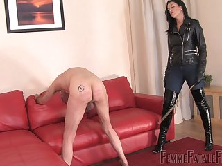 Put emphasize Hunteress wants yon experience spanking be expeditious for but for the fact that pleasure