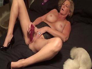 Little Linda plays with herself part 2