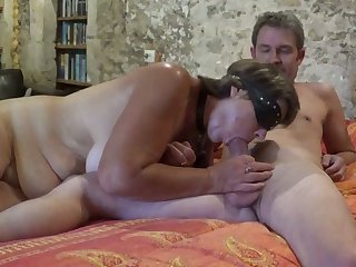 Lusty whore gets blindfolded greatest extent giving my buddy a blowjob